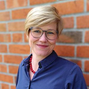 Speaker - Julia Schmengler